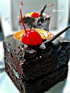 chocolate cake cherries